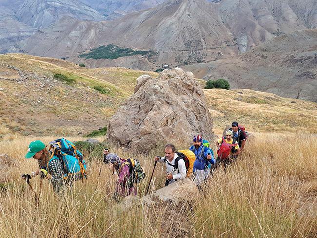 قله منار - 13940512 -  3
