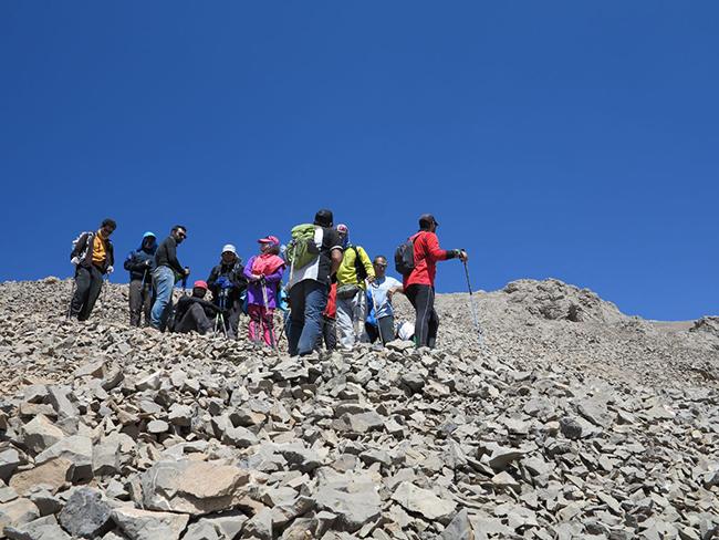 قله آزادکوه - 13970601 -  4